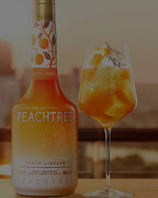 DeKuyper Peachtree Schnapps A classic. This liqueur is bursting with the taste of tree-ripe peaches.